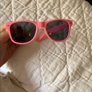 Pink Victoria's Secret sunglasses